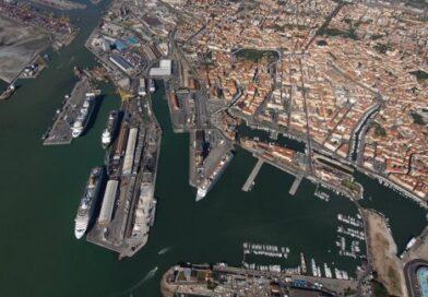 La Cina attracca nei porti italiani